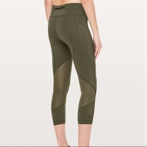 """Lululemon Pace Rival Crop *Full-On Luxtreme 22""""  in Dark Olive"""